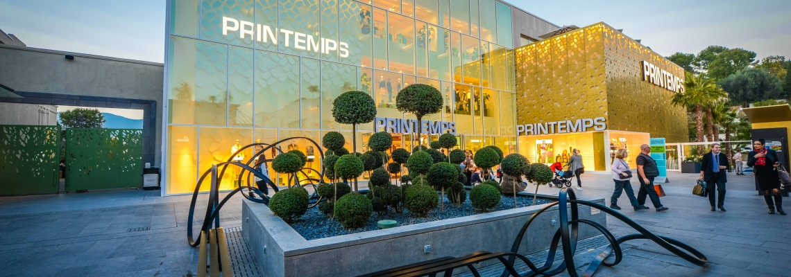 Picture of Le Printemps store entrance at Polygone Riviera shopping centre
